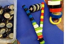 Music crafts for kids / DIY Muziekinstrumenten  / Make your own music instruments! Easy to do at home. (Also available as workshop in my studio)  Maak je eigen muziekinstrumenten! Makkelijk thuis te doen. (Ook beschikbaar als workshop in mijn atelier)