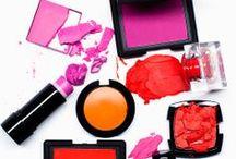 Pop of Colour / Poimi täältä väripilkkuja vapaa-aikaan, työhön ja juhliin. Piristä lookkia ihanilla väreillä!