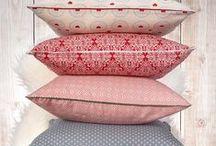 Lilla Sky pillows / Nasza osobowość wyznacza paletę barw jaką chcemy zastosować w aranżacji własnego domu.Odpowiednio dobrane poduszki wnoszą nie tylko komfort, ale także nadają indywidualny charakter wnętrzu.
