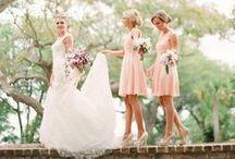 Madrinhas - Bridesmaids - Casamento - Weeding / Mais no www.madrinhasdealuguel.com.br e www.facebook.com/Madrinhas.  Entre em contato no madrinhas@madrinhasdealuguel.com.br.