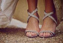 Sapatos - Shoes - Casamento - Wedding / Mais no www.madrinhasdealuguel.com.br e www.facebook.com/Madrinhas.  Entre em contato no madrinhas@madrinhasdealuguel.com.br.