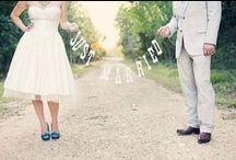 Plaquinhas, molduras e cenários - Casamento - Wedding / Mais no www.madrinhasdealuguel.com.br e www.facebook.com/Madrinhas.  Entre em contato no madrinhas@madrinhasdealuguel.com.br.