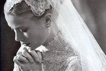 Famosos - Casamento - Wedding / Mais no www.madrinhasdealuguel.com.br e www.facebook.com/Madrinhas.  Entre em contato no madrinhas@madrinhasdealuguel.com.br.