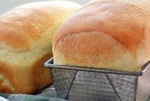 breakfast & bread.