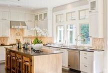 Your Dream Kitchen / Kitchen is where we most spend time in the house, where we most build family memories... So it deserves to be truly dreamy! Check out homeyou.com so we can help you build your dream kitchen!