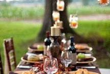 Setting the Table / There's an art to setting a beautiful table: the act is relaxing and it instantly impresses whoever sits to enjoy your meal! Whether it's for a small gathering, an intimate dinner, a family reunion, or just for you and your cat.
