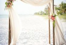 Beach Wedding / The best thing about beach weddings is that it can't get any more beautiful. Nature is the ultimate sanctuary!