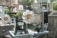Vintage Market Booth Inspiration / Gathering ideas for my market booth.