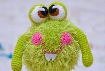 Amigurumi's  / Ursinhos de pelúcia, móbiles, toucas divertidas e brinquedos trabalhados em crochê.