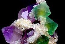 Minéraux : Fluorites / sous toutes ses formes et ses couleurs