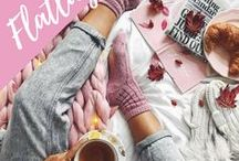 Flatlay / Flat lay photography, styling, tips, ideas, instagram inspiration, flatlay layouts, background and outfits!