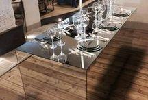 Siamo quello che mangiamo / Design Domenico Raimondi - @thesignlab Sobria ed essenziale. Elegante e raffinata. Spregiudicata. La tavola imbandita diventa luogo di riflessione. Non c'è scelta per i commensali. L'incontro intimo con se stessi – storia e futuro, tradizione e innovazione - è l'unica possibile via d'uscita alla contemporanea difficoltà del nostro tempo. L'installazione, presentata da Enjoy Lucca Eat&Stay è esposta all'interno di Palazzo Boccella (Lucca) dal 30 agosto al 15 settembre 2014