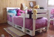 Paletes e Crianças / #Paletes para fazer móveis para as crianças  Vejas as sugestões: http://maispaletes.com/?p=943 / by MaisPaletes .com