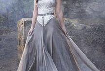 dresses Reign