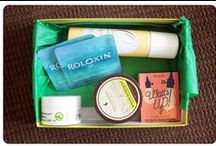 """Birchbox / About: """"Birchbox is the best way to discover new grooming, beauty and lifestyle products. Sample top products from high-end brands, get expert advice, buy new favorites and earn points with every purchase."""" For full subscription box reviews, visit http://musthaveboxes.com."""