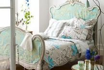 Shabby Chic Rooms :) / Stunning rooms we would all love in our homes. / by DIY SHABBY CHIC