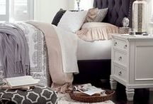 Shabby Chic / Timeless Hues of White / A rustic take on your favorite pieces. Add in more classic white to your home. Here's some insider tips to get you going in the right direction with some of our favorite Lindy's Furniture products!