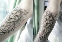 Tatoo geometric