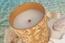 Summer Breeze / Relaxing, lazy days with the drifting scents of the ocean breeze, tropical fruits, and creamy coconut.