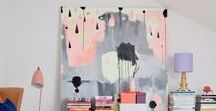 Beautiful Spaces Beautiful Art / These are beautiful spaces that are a wonderful examples of contemporary interior design and amazing statement art pieces.