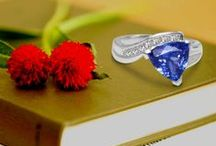 Tanzanite Rings / Purchase an exquisite range of tanzanite rings for all your special moments from toptanzanite.com, one of the leading online tanzanite shopping portals.