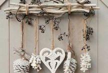 Noël / Christmas / Tout ce qui a trait à Noël : décorations, DIY, sapins, bougies, cuisine, etc. #decoration #ornaments #christmas #noël #tree #trees #light #lights #gift #gifts #present #presents