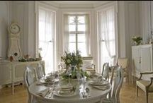Lovely home / by Mary Balius