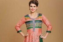 Anarkali Salwar Kameez / Costumes Anarkali coton sont maintenant en magasin présenté par Andaaz Mode. Costumes sont ornés de travail manuel, Zari, Resham  http://www.andaazfashion.fr/salwar-kameez/anarkali-suits