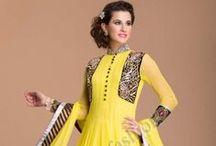 Longueur cheville Anarkali / Shop wedding wear latest designer Anarkali Salwar Kameez online at lowest price at Andaaz Fashion http://www.andaazfashion.fr/salwar-kameez/anarkali-suits
