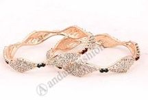 Bangles / http://www.andaazfashion.fr/jewellery