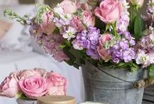 Beautiful Blooms / Beautiful blooms and bouquets for event inspiration