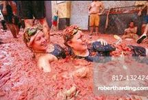 La Tomatina Festival / The world's biggest food fight takes place in the Spanish town of Buñol every August. More than a hundred tons of over-the-hill tomatoes are thrown in the streets by 20,000 people, creating a riot of colour that ends up in a sludgy mess.