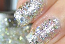 Glamor My Nails: fingers/toes / Tons of fingernails/toes colors, styles, & designs.  / by Noemi's Koffee Klatch