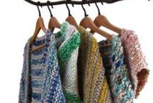 Handgebreide omslagdoeken. Handknitted shawls. / Handgebreide omslagdoek. Hand-knitted shawl. Handmade. Knitwear. Shawl. Wool. Wol. Webwinkel. Webshop. Creaties. Creations. Breien. Knitting.