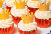 Oranjerecepten / In feestelijke oranjestemming komen lukt het beste met lekker eten en drinken. Hier vind je de lekkerste oranjerecepten: van feestelijke snacks en hapjes  tot gebak en oranjesoep!