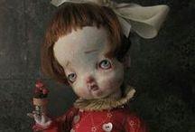 Ugly and magnificent. Страшные и прекрасные / Julien Martinez. Margaret Keelan. Wendy Froud. Thomas Kuebler