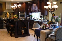KITCHENS / by Linda Staner