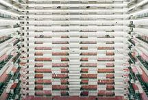 Andreas Gursky / http://danskfotokunst.com/tag/andreas-gursky/