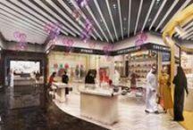 Aéroport d'Abu Dhabi / Depuis plusieurs années, Piranèse travaille pour la marque Aelia Duty Free (groupe Lagardère) sur des projets confidentiels d'appels d'offre pour des aéroports internationaux. Grâce à notre expérience dans le retail et le haut-de-gamme, nous créons des images et vidéos 3D des projets d'aménagements des espaces duty free. Exemple avec nos réalisations 3D pour l'aéroport d'Abu Dhabi, qui ont permis à notre client de remporter ce projet ambitieux !