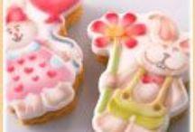 MARTELLATO / Attrezzature professionali per pasticcerie gelaterie e ristoranti: stampi in plastica e silicone per cioccolato, semifreddi, dolci, dessert e monoporzioni