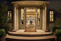 Entry Portico / Portico's