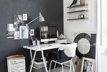 Schreibtisch • Arbeitsplatz