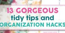 Organization / Home organization, de-cluttering, organization hacks, organization tricks, how to organize your life, how to organize your home, how to organize your closet, how to organize your kitchen, de-cluttering your closet