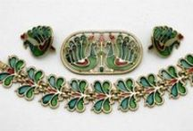 Jewelry: Vintage Costume / An appealing variety of vintage styles and designers that I love!