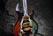 Extraordinary Musical Instruments / Instruments that are functional and beautiful.
