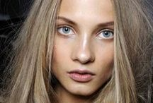 Bronde / We love this hair color. Straight up.