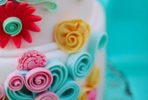 Cakes / by Creative Cakepops