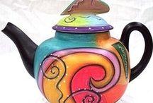 Teapots / by Joanne Hall