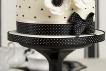 Cake Stands / by Creative Cakepops