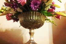 Wedding Flowers & Centerpiece Arrangements We Love / by The Broke-Ass Bride (Dana)